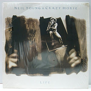 レコード画像:NEIL YOUNG / CRAZY HORSE / Life