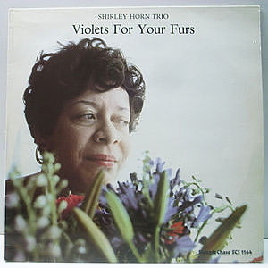 レコード画像:SHIRLEY HORN / Violets For Your Furs