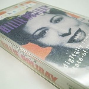 レコード画像:BILLIE HOLIDAY / The Essence Of Billie Holiday