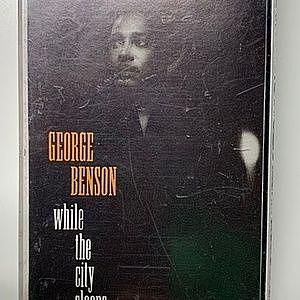レコード画像:GEORGE BENSON / While The City Sleeps...