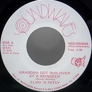 レコード画像:Elmo & Patsy / Grandma Got Run Over By A Reindeer b/w Christmas