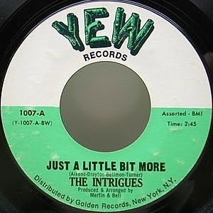 レコード画像:INTRIGUES / Just A Little Bit More / Let's Dance